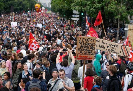 2016-07-07-16-43-44.28 juni 2016 protest parijs