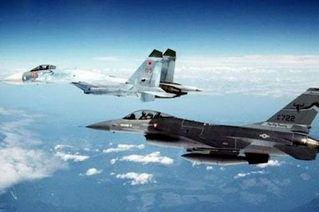 2016-11-23-14-48-59-russische-en-amerikaanse-jets-01a