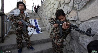 2016-12-07-14-24-23-iran-pretpark-oorlog-tegen-israel-en-vs-01a
