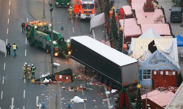 2016-12-20-14-23-22-aanslag-kerstmarkt-berlijn-19-dec-2016-h2